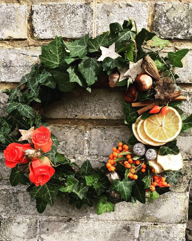 Standard-Wreaths-Autumn-OrangeRose
